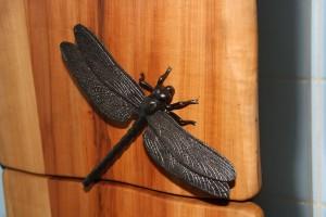 Libelle-Metall-Türgriff-Skulpturen